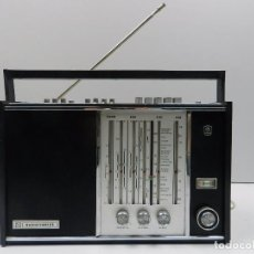 Radios antiguas: ANTIGUA RADIOTRANSISTOR MARCA RADIOTEHNIKA RIGA 104 AM/FM VINTAGE AÑOS 60-70 RARO. Lote 102401511