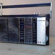 Radios antiguas: RADIO TRANSISTOR LAVIS 426 FUNCIONANDO VER FOTOS. Lote 102745363