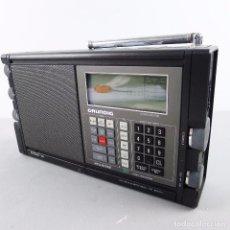 Radios antiguas: RADIO WORLD RECEIVER PORTÁTIL MARINE GRUNDIG SATELIT 700 CON SU MANUALES . Lote 102982667