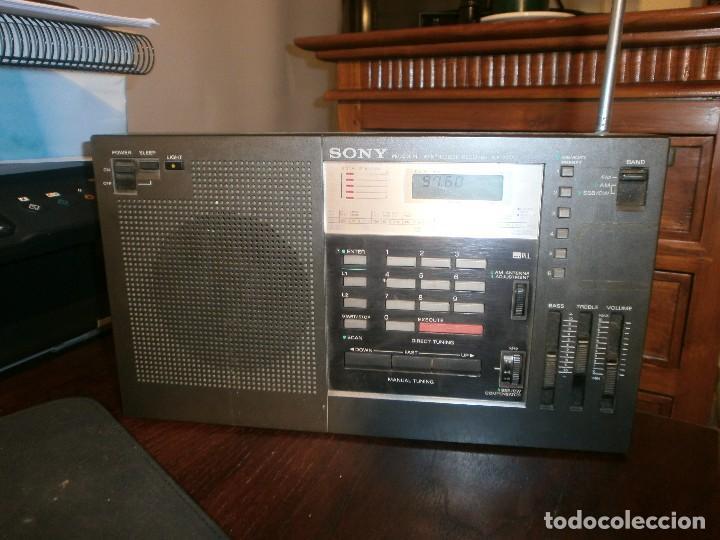 SONY ICF-2001 FM/AM RADIO RECEPTOR MUNDIAL SINTETIZADO FUNCIONANDO (Radios, Gramófonos, Grabadoras y Otros - Transistores, Pick-ups y Otros)