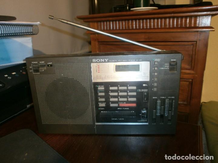 Radios antiguas: Sony ICF-2001 FM/AM Radio Receptor Mundial sintetizado FUNCIONANDO - Foto 2 - 103149531
