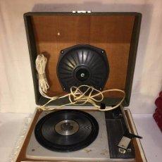 Radios antiguas: ANTIGUO TOCADISCOS PIKU PICK-UPS, ORIGINAL DE LOS AÑOS 60/70, FUNCIONA, LEER DESCRIPCION. Lote 104400795
