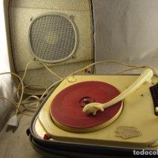 Radios antiguas: TOCADISCOS TEPPAZ LYON OSCAR LA FUNDA ES EL ALTAVOZ, SIN PROBAR. Lote 104592447