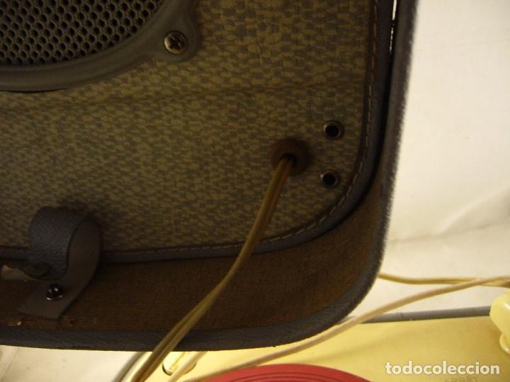 Radios antiguas: Tocadiscos teppaz lyon oscar La funda es el altavoz, Sin Probar - Foto 6 - 104592447