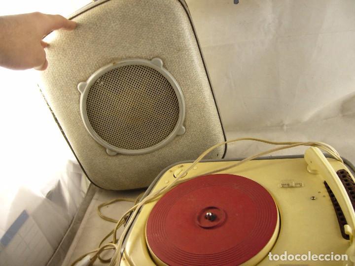 Radios antiguas: Tocadiscos teppaz lyon oscar La funda es el altavoz, Sin Probar - Foto 7 - 104592447