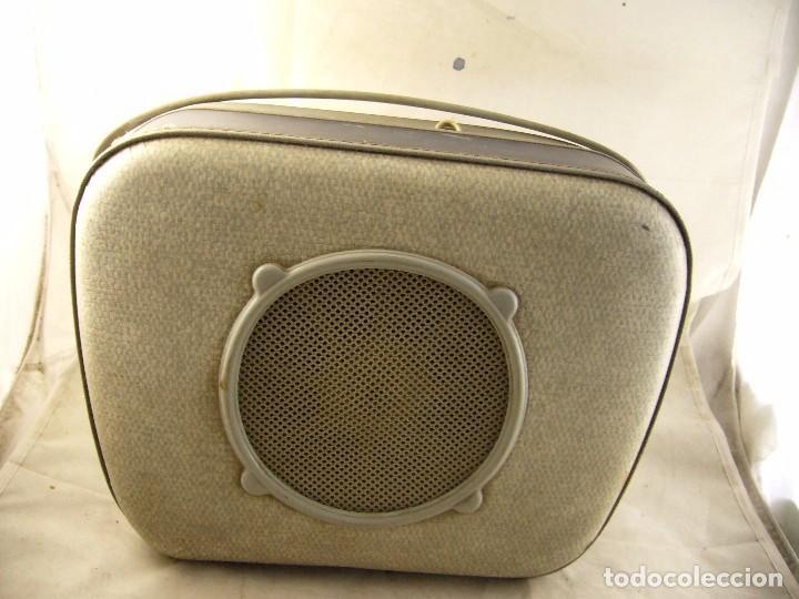 Radios antiguas: Tocadiscos teppaz lyon oscar La funda es el altavoz, Sin Probar - Foto 12 - 104592447