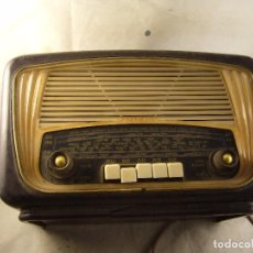 Radios antiguas: RADIO RADIALVA SUPER BUT 57 SIN PROBAR. Lote 104673207