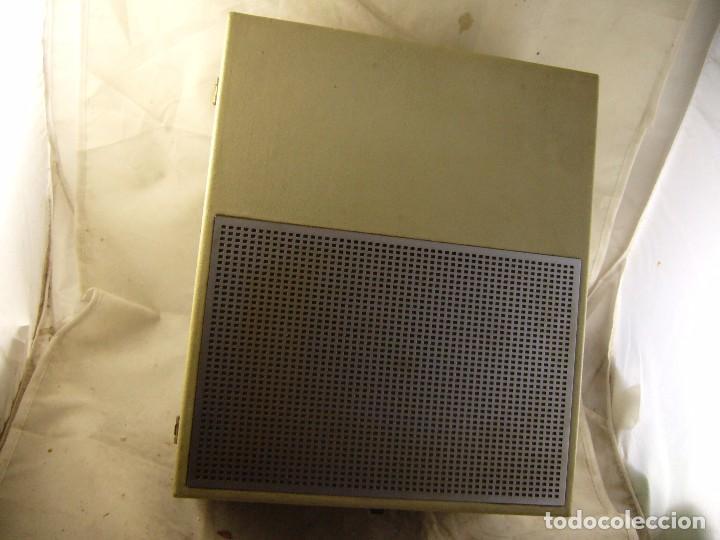 Radios antiguas: Tocadiscos de maleta bettor mark 62 Probado - Foto 3 - 104674571