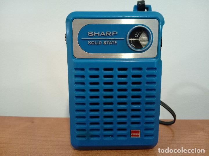 RADIO TRANSISTOR DE MANO SHARP (Radios, Gramófonos, Grabadoras y Otros - Transistores, Pick-ups y Otros)