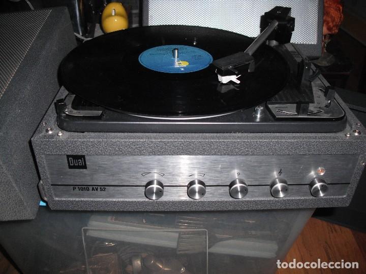 TOCADISCOS DE MALETA DUAL P1010 AV52 CON ALTAVOCES FUNCIONANDO 220 V - (Radios, Gramófonos, Grabadoras y Otros - Transistores, Pick-ups y Otros)