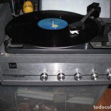 Radios antiguas: TOCADISCOS DE MALETA DUAL P1010 AV52 CON ALTAVOCES FUNCIONANDO 220 V -. Lote 224898438