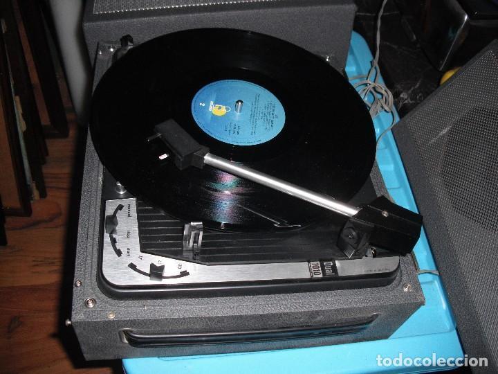 Radios antiguas: Tocadiscos de maleta Dual P1010 AV52 con altavoces funcionando 220 V - - Foto 3 - 107593171