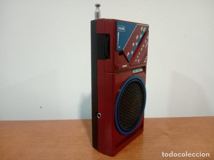 Radios antiguas: Radio transistor International D28H - Foto 4 - 108079755