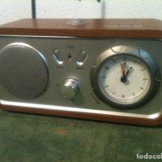 Radios antiguas: BONITO APARATO DE RADIO QUE FUNCIONA MUY BIEN. Lote 108678191