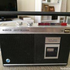 Radios antiguas: RADIO SANYO MR-410. EN FUNCIONAMIENTO. Lote 109063238