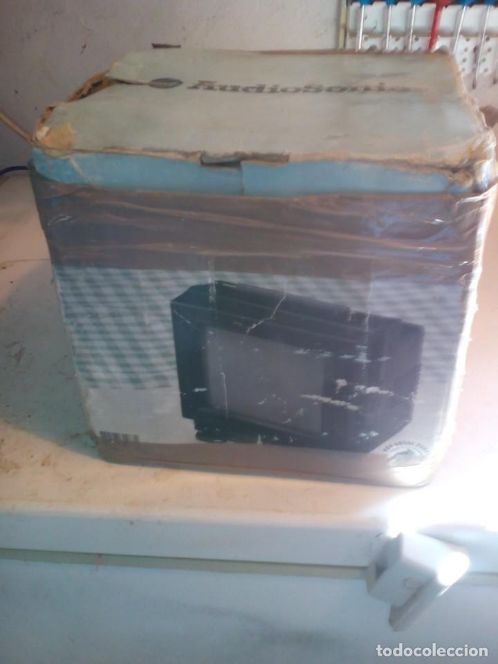 Radios antiguas: televisor portatil de 12v, nuevo - Foto 6 - 109114811
