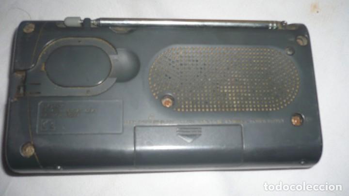 Radios antiguas: RADIO SONY 3 BANDAS ICF-403F (PARA REPARAR) - Foto 2 - 110265359