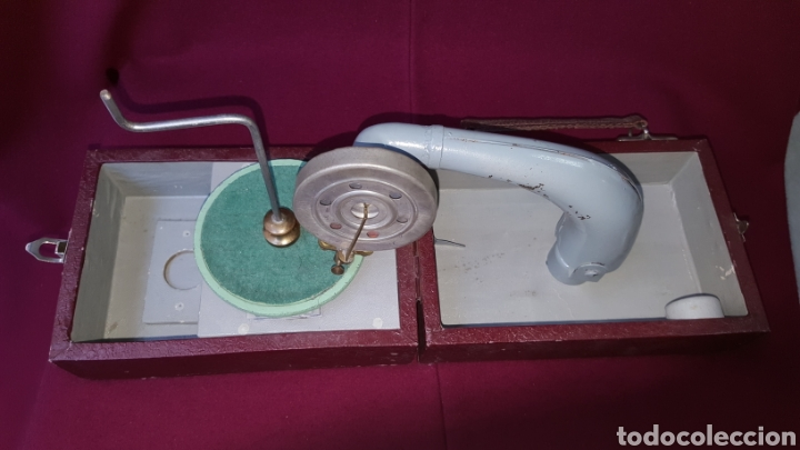 Radios antiguas: TOCADISCOS MANUAL - Foto 2 - 111772446