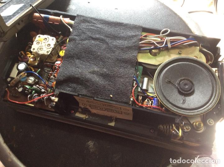 Radios antiguas: TRES RADIOS-DOS CON CASSETTE GRABADOR-ANTIGUAS. - Foto 11 - 112323738