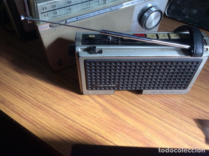 Radios antiguas: TRES RADIOS-DOS CON CASSETTE GRABADOR-ANTIGUAS. - Foto 14 - 112323738