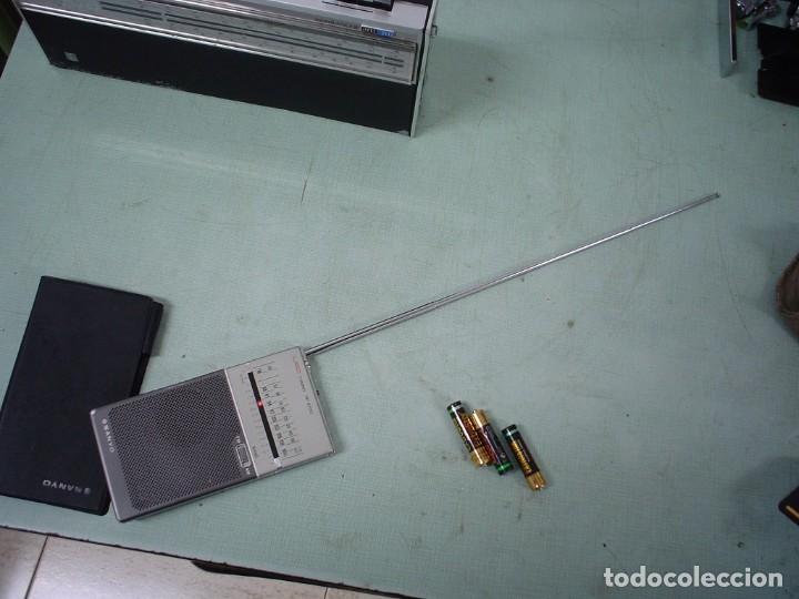 Radios antiguas: RADIO TRANSISTOR SANYO RP-6700 - Foto 2 - 112370811
