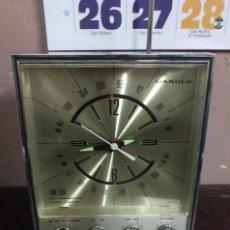 Radios antiguas: RADIO DESPERTADOR TRANSISTOR VINTAGE CANDLE. Lote 113013319