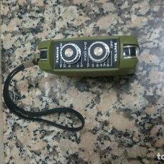 Radios antiguas: PEQUEÑO RADIO MARCA EMPEROR VER FOTOS. Lote 133732790