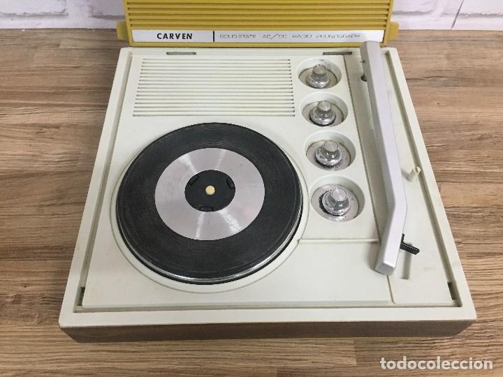Radios antiguas: Radio tocadiscos CARVEN color mostaza - Foto 5 - 102799874