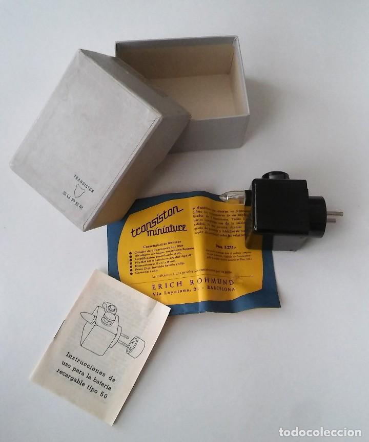 Radios antiguas: Único antiguo transistor super cargador audífono (baquelita), caja original instrucciones, 1950-1960 - Foto 4 - 114444519