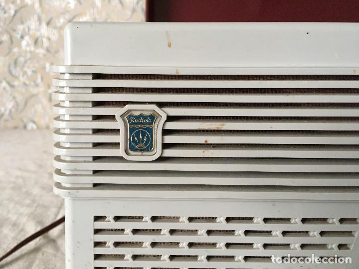 Radios antiguas: RADIOLA TOCADISCOS CON RADIO. RADIO FUNCIONA A 220V - Foto 6 - 114900287