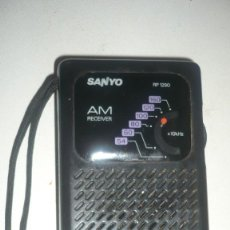 Radios antiguas - RADIO-TRANSISTOR SANYO RP 1290 AÑOS 70/80 - 115909571
