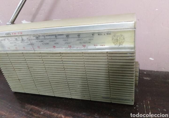 Radios antiguas: Transistor Lavis 420 AM/FM funciona - Foto 3 - 117033783