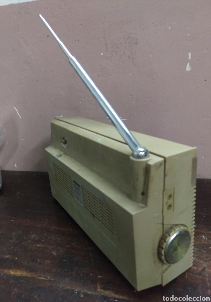 Radios antiguas: Transistor Lavis 420 AM/FM funciona - Foto 9 - 117033783