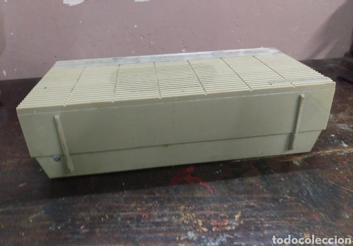 Radios antiguas: Transistor Lavis 420 AM/FM funciona - Foto 12 - 117033783