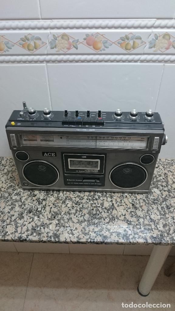 RADIO CASSETTE MARCA ACE (Radios, Gramófonos, Grabadoras y Otros - Transistores, Pick-ups y Otros)