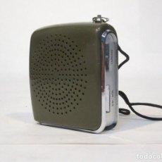 Radios antiguas: RADIO TRANSISTOR. DE PEQUEÑO TAMAÑO. ZEPHYR. 7 TRANSISTOR. NO FUNCIONA.. Lote 117233735