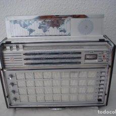 Radios antiguas: RADIO MULTIBANDAS PHILIPS DE LUXE. Lote 117863023