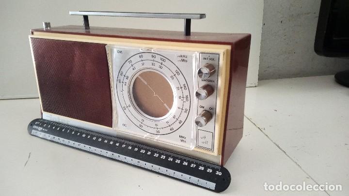 RADIO ANTIGUA INTER OM/OC, NO FUNCIONA BIEN (Radios, Gramófonos, Grabadoras y Otros - Transistores, Pick-ups y Otros)