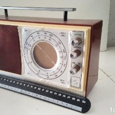 Radios antiguas: RADIO ANTIGUA INTER OM/OC, NO FUNCIONA BIEN. Lote 119242495