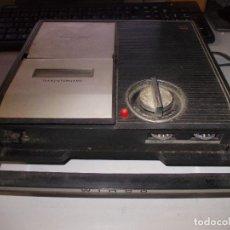 Radios antiguas: CASSETTE WINCO 303 TRANSISTORIZADO, CON MICRÓFONO. FUNCIONANDO. TAPA DE LA CINTA CON UN SOPORTE ROTO. Lote 120305275