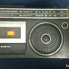 Radios antiguas: 2 BAND RADIO/CASSETTE RECORDER SANYO. Lote 120505723