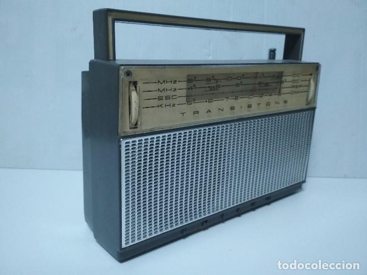 Radios antiguas: ANTIGUO TRANSISTOR PHILCO TRANSISTONE - AÑO 1958 - FUNCIONANDO - Foto 2 - 123554563