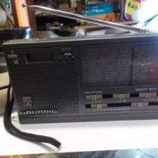 Radios antiguas: RADIO GRUNDING ORIGINAL DE ÉPOCA CON SU FUNDA ORIGINAL -FUNCIONA- MED.: 18X10 CMS. (B). Lote 125431387