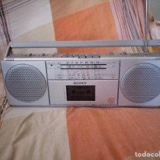 Radios antiguas: RADIO CASSETTE SONY MEDIDAS,VINTAGE.. Lote 125854503