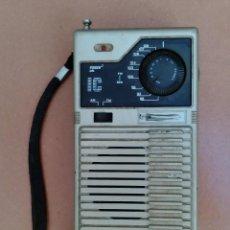 Radios antiguas: RADIO TRANSISTOR IC PORTATIL - NO FUNCIONA - DESCONOZCO MODELO. Lote 126279243