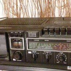Radios antiguas: RADIO-TELEVISIÓN TV Y CASSETE MARCA ALEMANA ISP MODELL RCT-3014 - 1980. FUNCIONANDO. Lote 127650471