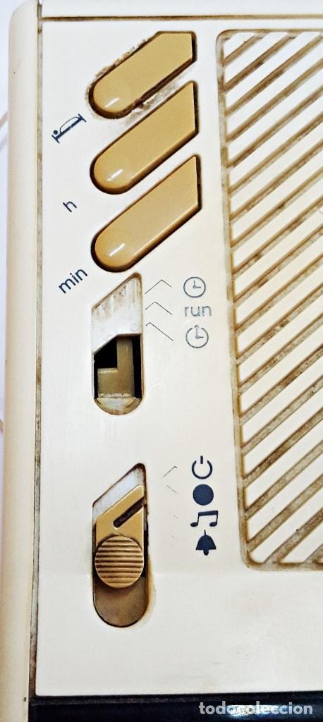 Radios antiguas: Radio reloj GRUNDIG SONOCLOK 24 - Foto 4 - 127671555
