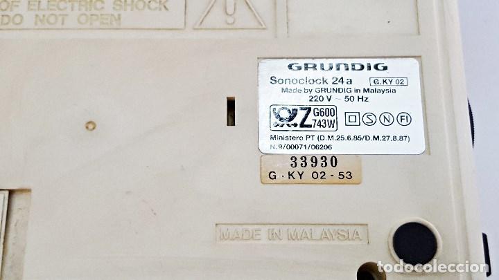 Radios antiguas: Radio reloj GRUNDIG SONOCLOK 24 - Foto 6 - 127671555