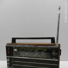 Radios antiguas: ANTIGUA TRANSISTOR RADIO MARCA SELENA UNIÓN SOVIÉTICA AÑOS 60 BONITA PIEZA DE COLECCIÓN. Lote 127889455