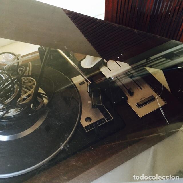 Radios antiguas: Tocadiscos emerson con sus altavoces en madera - Foto 7 - 127968656